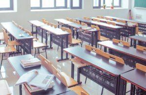 classroom, guiyang, table-2787754.jpg